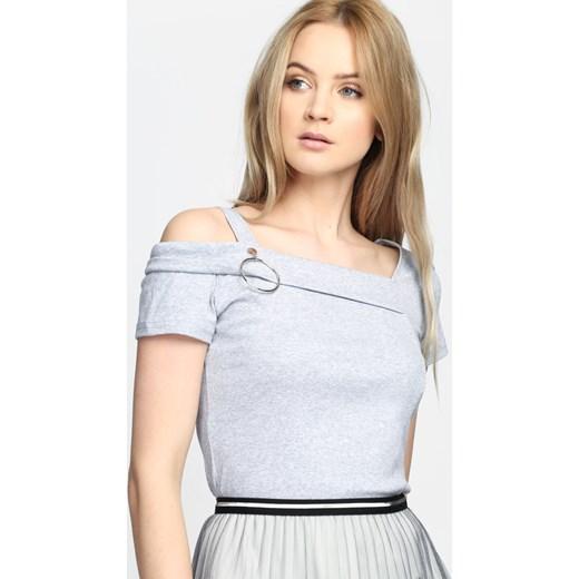 Odzież damska marki Tantra na wyprzedaży online. Kupuj przez internet korzystając z przeceny produktów sięgającej nawet 74%. Wyprzedaże online.