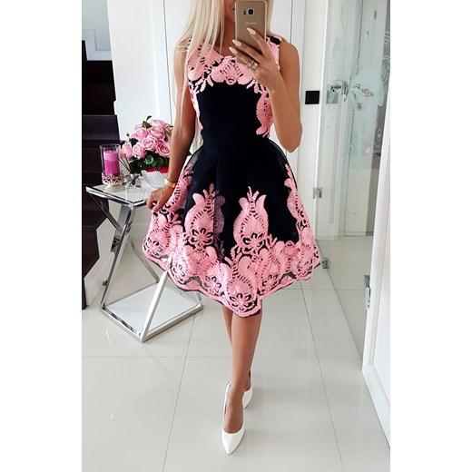 c8fa7f2a93 Piękna Sukienka Rozkloszowana Iwette Butik Fashion w Domodi