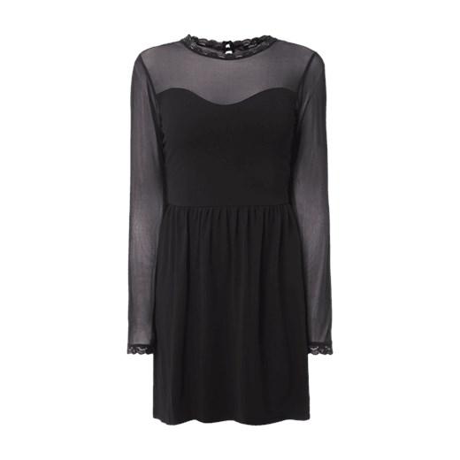 edb440e1fb5ca2 Sukienka ze stójką z koronki Only Fashion ID GmbH & Co. KG w Domodi