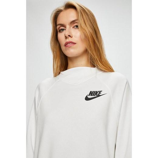 53d9f012a ... Bluza damska biała Nike Sportswear jesienna krótka bez wzorów