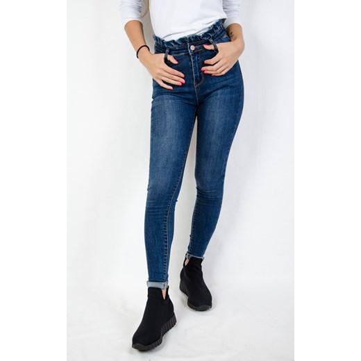 48aba654bd Spodnie jeansowe z falbaną w pasie Olika olika.com.pl w Domodi
