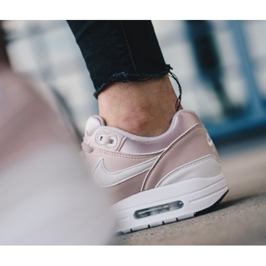 new concept 1cb78 6bc71 ... Buty damskie sneakersy Nike Air Max 1 319986 607 - RÓŻOWY Nike 38  sneakerstudio.pl ...