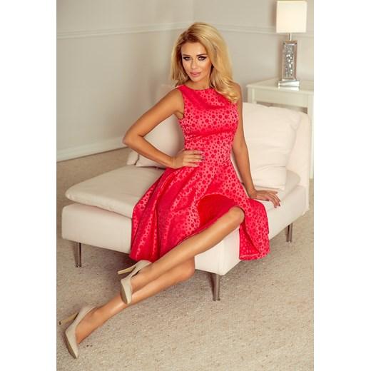 fe8dc383e5 Sukienka różowa Numoco midi rozkloszowana na sylwestra bez rękawów z  okrągłym dekoltem ...