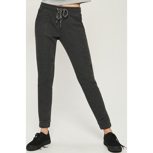 7dcfb812a0c3e0 Sinsay - Spodnie dresowe Szary w Domodi