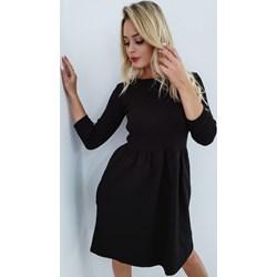 3e0563a282 Sukienka czarna z okrągłym dekoltem wiosenna
