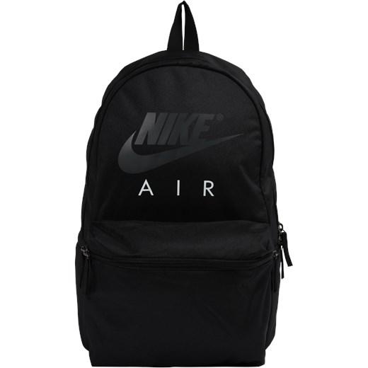 6207a1c80cd58 Czarny plecak Nike Sportswear w Domodi