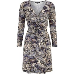 bfb46d557c Sukienka Happy Holly z dekoltem v na spacer kopertowa