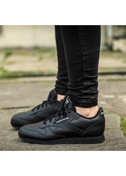 Buty REEBOK CL LEATHER (GS) 50149 sneakerstudio-pl szary modne - kod rabatowy
