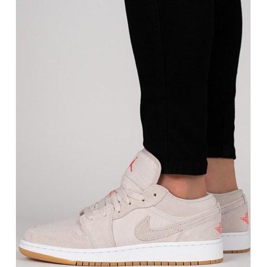 Buty damskie sneakersy Air Jordan 1 Low Bg 553560 008 zielony  sneakerstudio.pl fb658abba5e