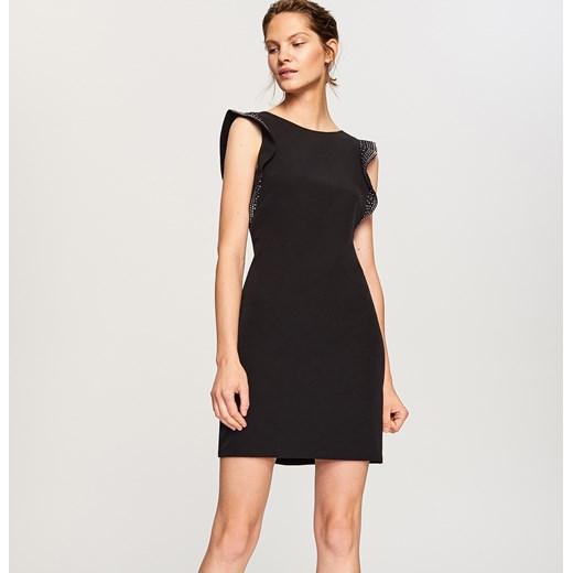 b58e7e54b5 Sukienka Reserved elegancka z okrągłym dekoltem czarna bez wzorów w ...