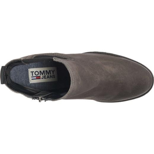 532f6f8b61748 Botki brązowe Tommy Jeans jesienne gładkie skórzane na platformie; Botki  Tommy Jeans brązowe casual bez wzorów z zamkiem skórzane ...