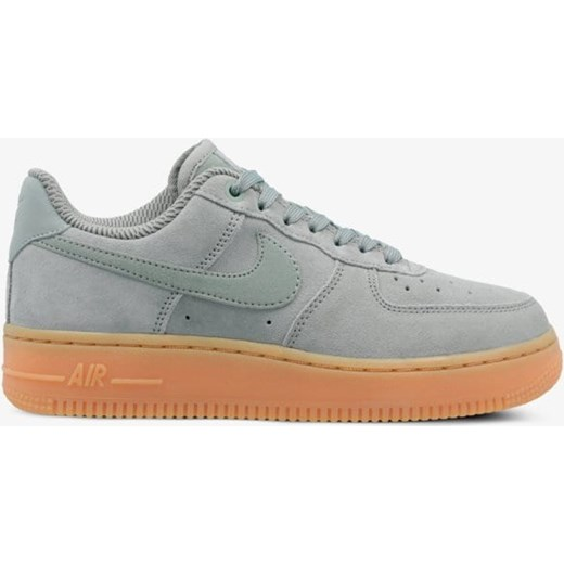 c1fb8b2d707097 Buty sportowe damskie Nike air force · NIKE WMNS AIR FORCE 1  amp  039 07  SE Nike 37,5 ...