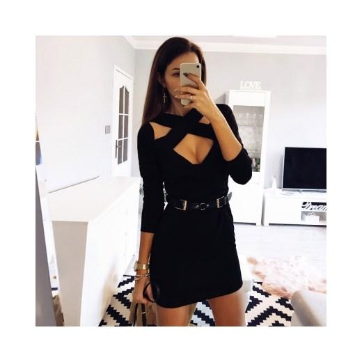 22370f44a1 Sukienka Pakuten młodzieżowa dopasowana czarna na wieczór z dekoltem choker  z długim rękawem ...