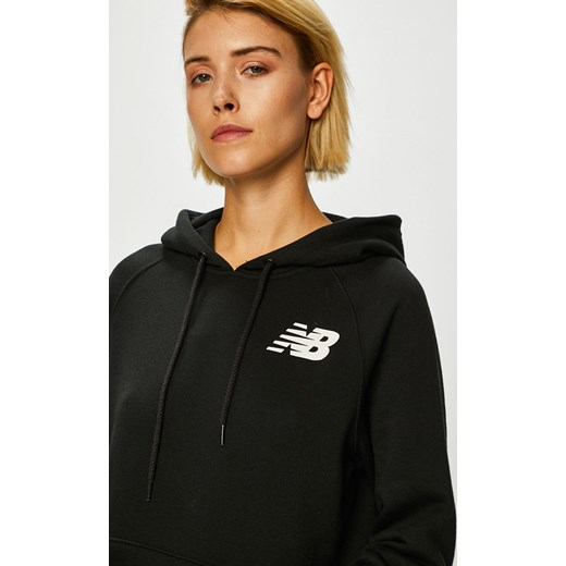 sprzedaje szerokie odmiany przedstawianie Bluza damska czarna New Balance poliestrowa