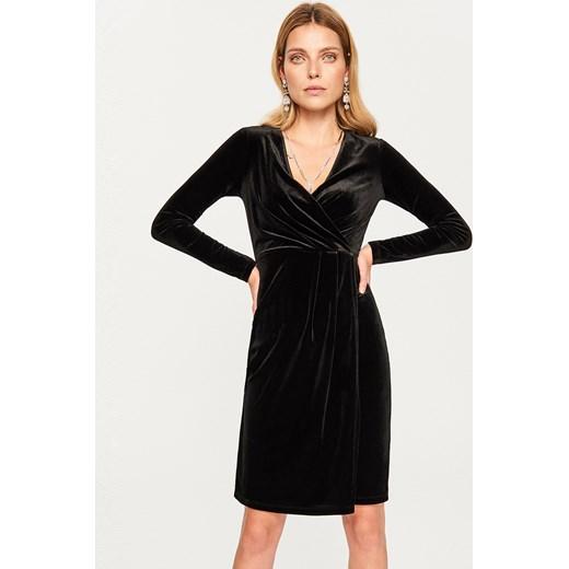 1f11dc2320 Reserved sukienka na wieczór bez wzorów dopasowana elegancka w Domodi