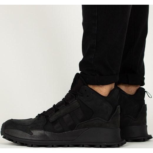 dae4d0a6a Pora roku: zima. Adidas Originals buty sportowe męskie czarne z nubuku  sznurowane ...
