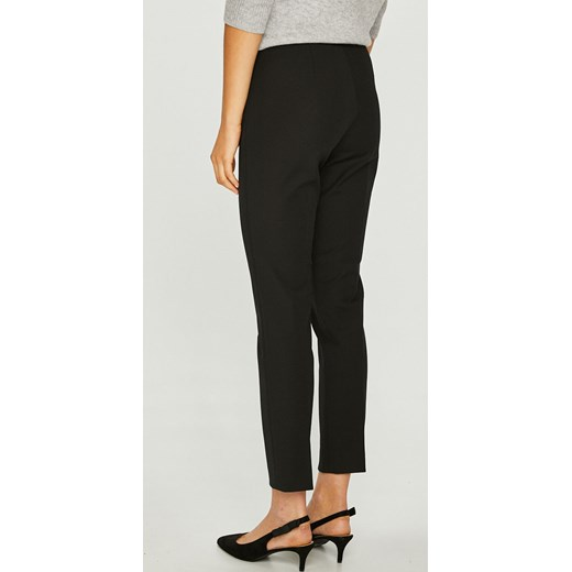 8e3ddec1e7dc1 Spodnie damskie Calvin Klein bez wzorów czarne bawełniane w Domodi