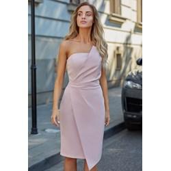 ee14a35991 Sukienka różowa Moe na wiosnę z tkaniny elegancka midi