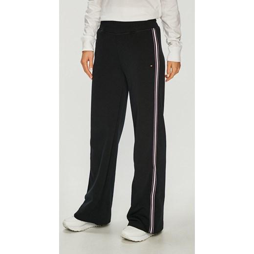 c161609e1c48e Spodnie damskie Tommy Hilfiger bez wzorów bawełniane w Domodi