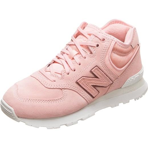 ... a595255cd99c Buty sportowe damskie New Balance dla biegaczy młodzieżowe  bez wzorów zamszowe różowe sznurowane na koturnie ... 708457ce74e9d