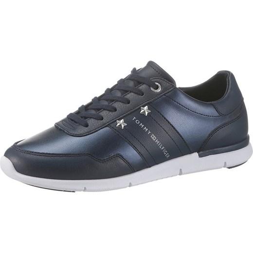 108790472c867 Buty sportowe damskie Tommy Hilfiger bez wzorów płaskie młodzieżowe  sznurowane ...