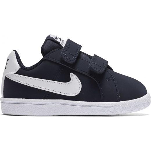 afde871deaad8 Trampki dziecięce Nike bez wzorów na rzepy w Domodi