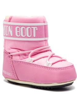 Śniegowce MOON BOOT - Crib 2 34010200004  Light Pink promocyjna cena eobuwie.pl - kod rabatowy