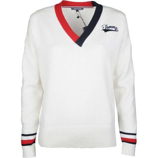 92ea8e99b Sweter damski Tommy Hilfiger 'allis Varsity' biały z dzianiny z dekoltem w  literę v
