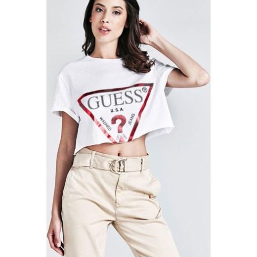 06725b1f19964 Bluzka damska Guess biała w Domodi