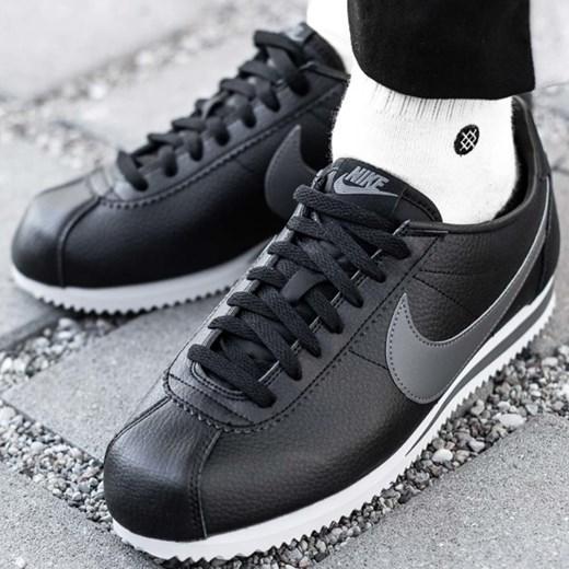 separation shoes fdb43 3da9e Buty sportowe męskie Nike cortez zamszowe czarne sznurowane ...