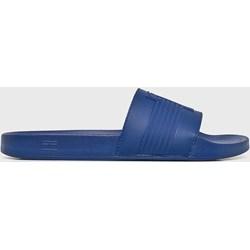 5359be04ee8c7 Niebieskie klapki męskie na basen tommy hilfiger, lato 2019 w Domodi