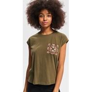 459767c37e Bluzka damska Reserved w stylu młodzieżowym zielona z krótkim rękawem z okrągłym  dekoltem