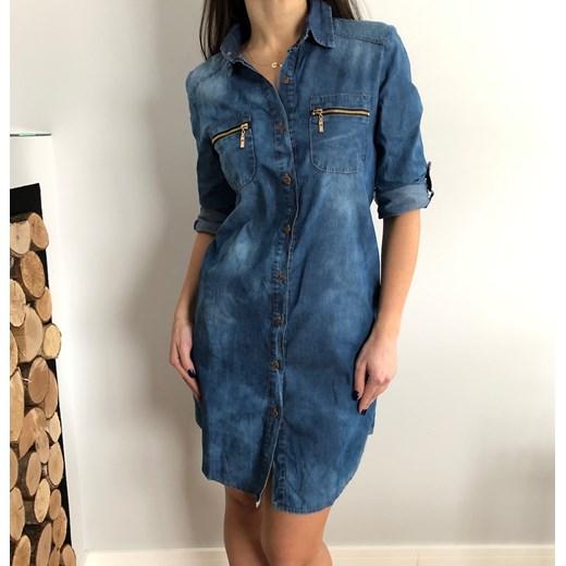 5ca14ffc38 Sukienka Ubieramymodnie.pl bez wzorów w miejskim stylu jeansowa w Domodi