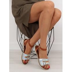 d32f29ff Sandały damskie wielokolorowe z klamrą ze skóry ekologicznej na płaskiej  podeszwie w paski casual