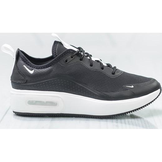 974f903d630f00 Buty sportowe damskie Nike do biegania wiosenne granatowe na platformie  sznurowane