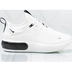 9b9f6e3b6f13 Buty sportowe damskie Nike do biegania białe gładkie sznurowane wiosenne