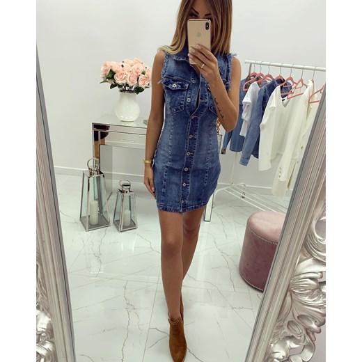 3aa654c1e3 Sukienka z dekoltem w literę v jeansowa mini casual w Domodi
