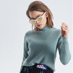 3b1c17e9a687 Sweter damski Cropp bez wzorów