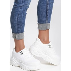 fbf54df48ee7 Sneakersy damskie Renee ze skóry ekologicznej wiązane