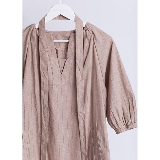 286ea3822f ... Sukienka Selfieroom z długim rękawem na co dzień. Sukienka Selfieroom  na co dzień bez wzorów lniana ...