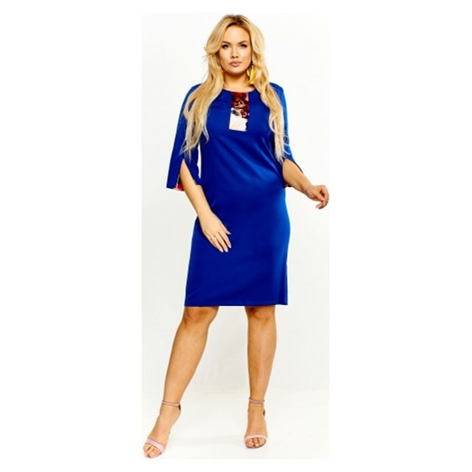 8815129308 Sukienka Roxana z okrągłym dekoltem bez wzorów w Domodi