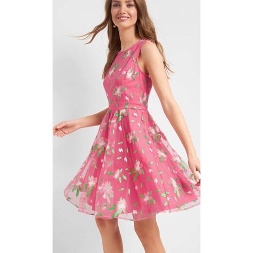 14edd499ac Sukienka różowa ORSAY rozkloszowana na wesele bez rękawów z okrągłym  dekoltem  Sukienka ORSAY midi ...