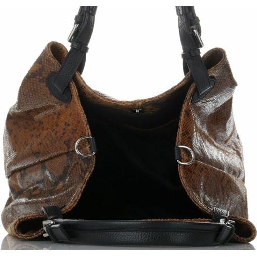 5c435f4e9d993 ... Shopper bag Vittoria Gotti średnia lakierowana bez dodatków do ręki ...