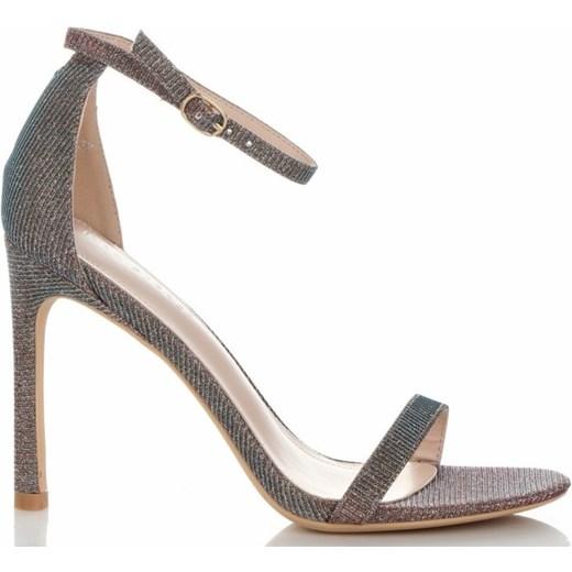 08fe20a3 Sandały damskie Ideal Shoes na wysokim obcasie na letnie bez wzorów z klamrą  ...