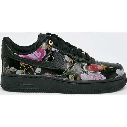 655794f1 Buty sportowe damskie Nike Sportswear do biegania air force w kwiaty  skórzane