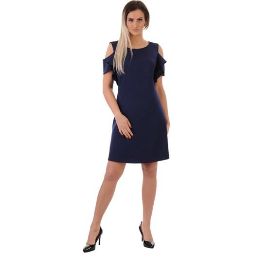 9454d0d986 Sukienka Lamar prosta z okrągłym dekoltem bez wzorów midi  Sukienka Lamar z  krótkim rękawem z okrągłym dekoltem ...