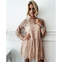 972775baa4 Sukienka wyszczuplająca gładka różowa mini boho