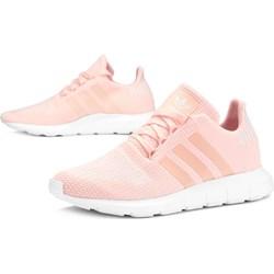 c82c7098819a8 Buty sportowe damskie różowe Adidas sznurowane płaskie bez wzorów na wiosnę