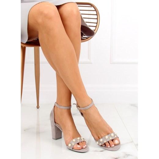 Sandały damskie szare ze skóry ekologicznej na słupku bez wzorów Buty Damskie MN szary Sandały damskie RGPA