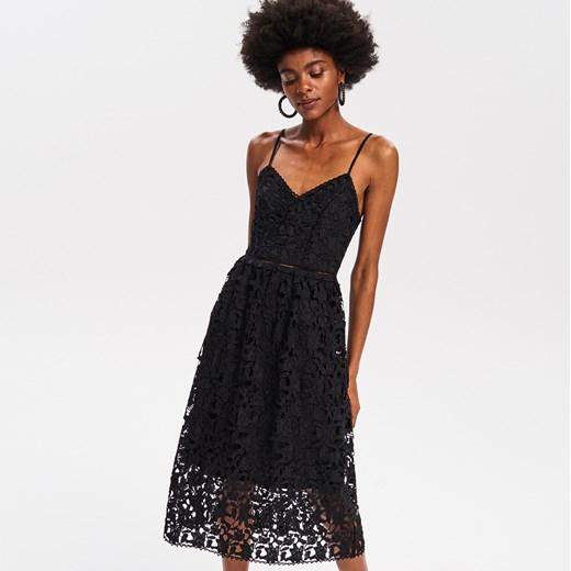 1e00f68b78 Reserved - Koronkowa sukienka na ramiączkach - Czarny Reserved 40 ...